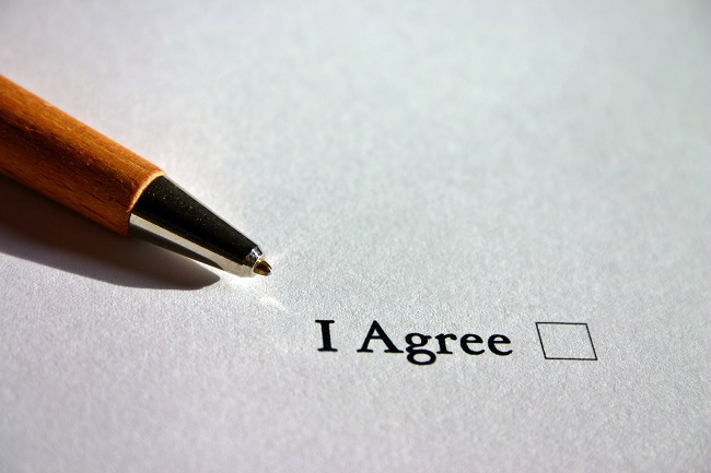 5 things to check before signing your employment contract