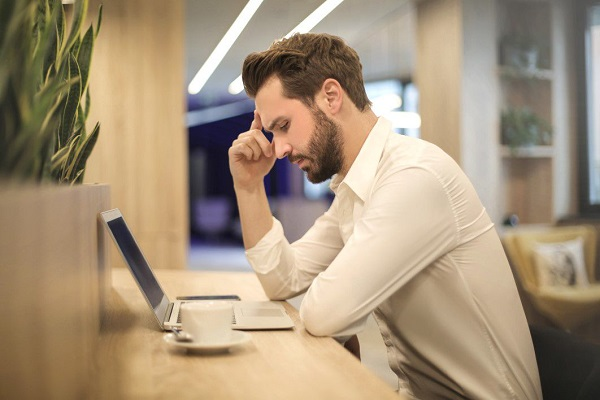 How to combat negative thoughts at work