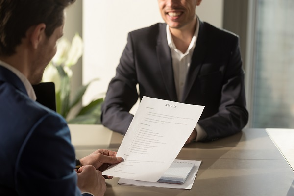 The No 1 Resume Format That Works For Freshers Monsterindia Com